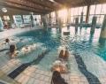 Éjszakai fürdőzés Gyopárosfürdőn