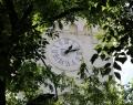 A katolikus templom óratornya