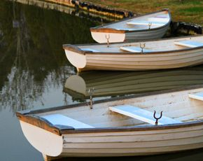 Csónakázás a tavon