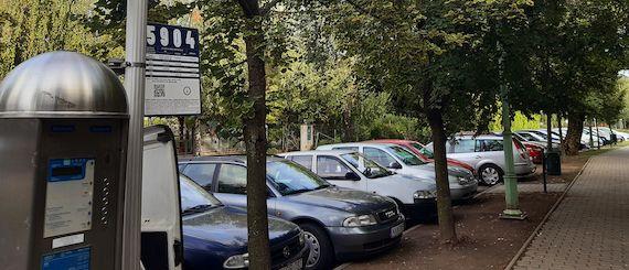 Gyopárosfürdő paid parking